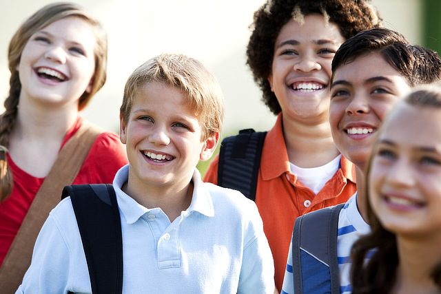 Neugierige Teenies beim CONVA Teenietraining