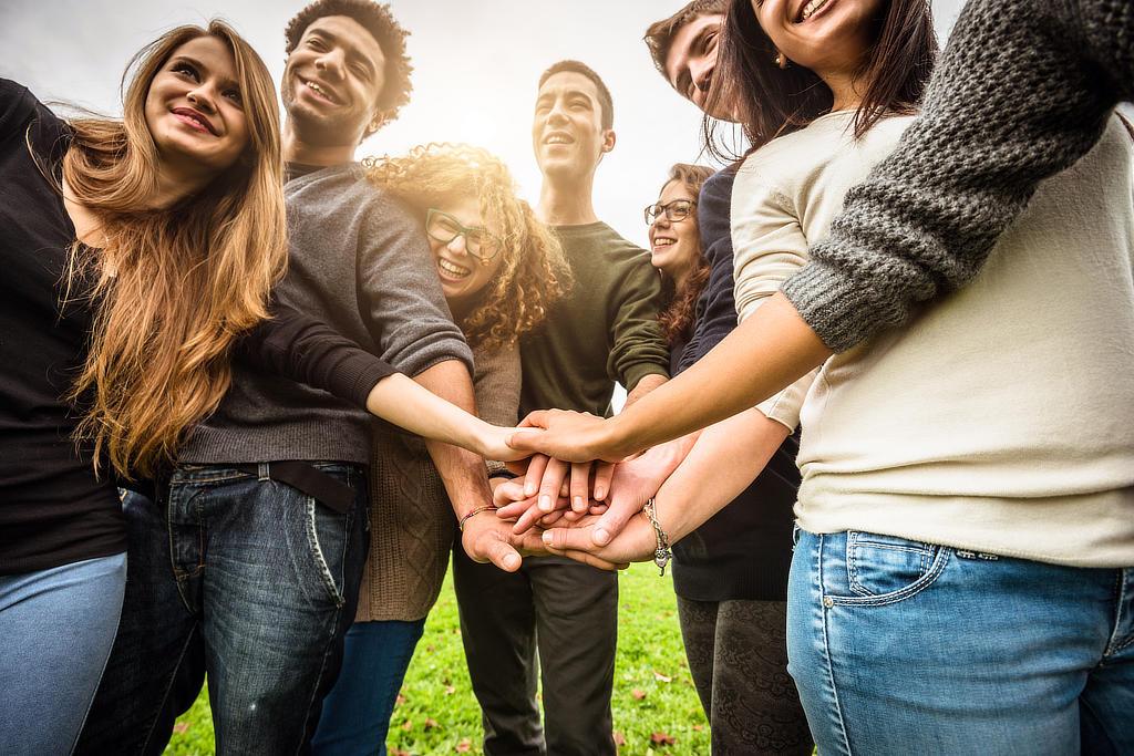 Jugendliche haben Spaß beim CONVA Jugendtraining